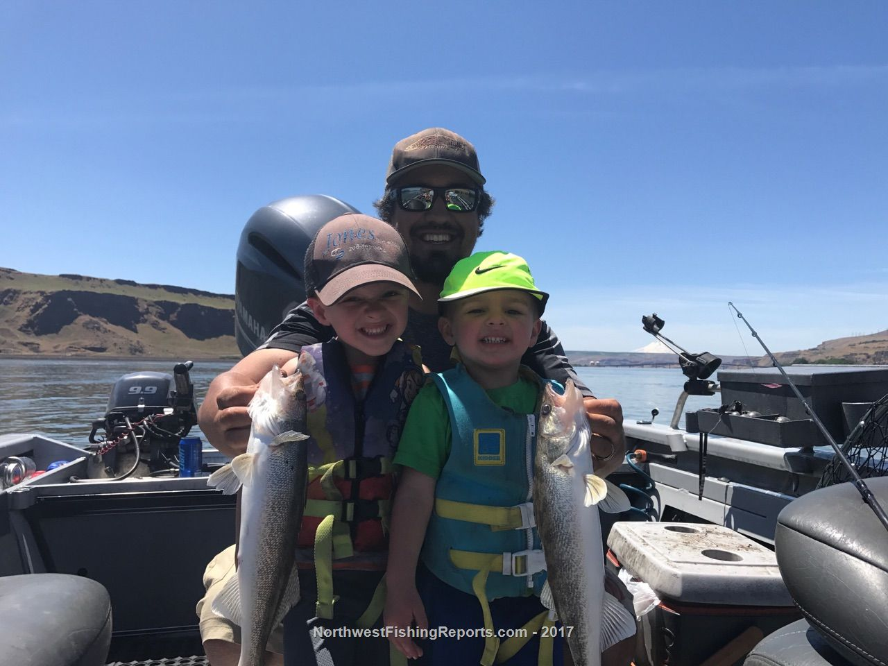 07 the dalles to mcnary celilo umatilla fishing report for Walleye fishing columbia river