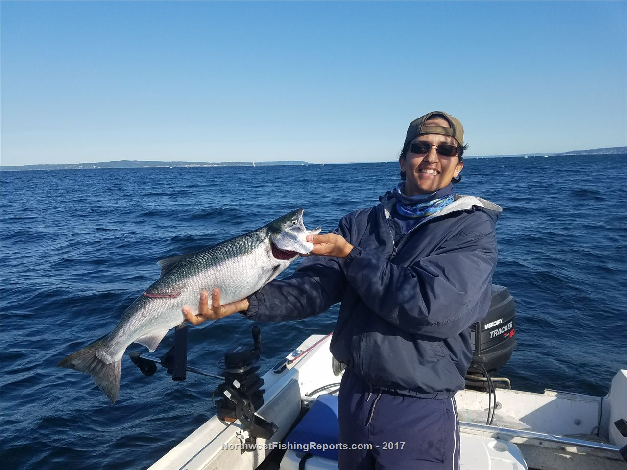Area 10 seattle bremerton fishing report northwest for Nw fishing report